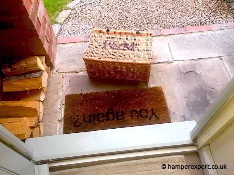 Hamper delivery